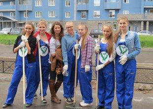 Акция «Сохрани газон» прошла в Невском районе